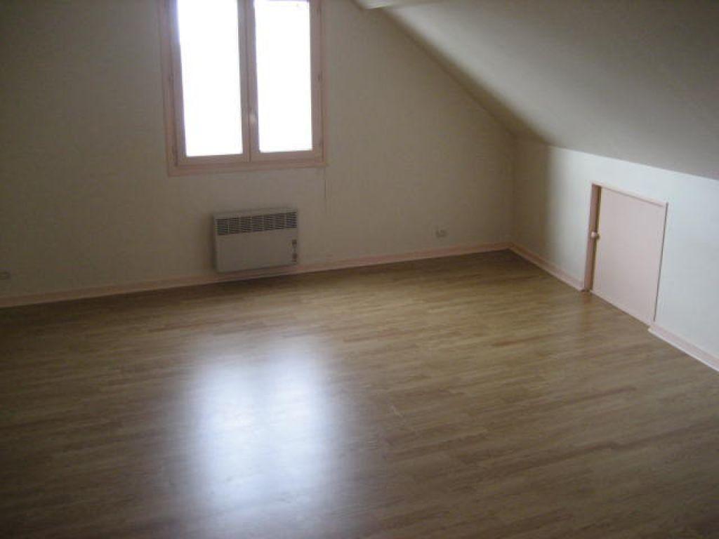 Appartement à louer 2 54.2m2 à Germigny-sous-Coulombs vignette-3
