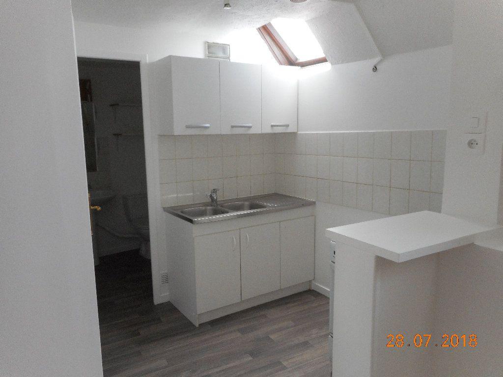 Appartement à louer 1 20m2 à Crouy-sur-Ourcq vignette-1