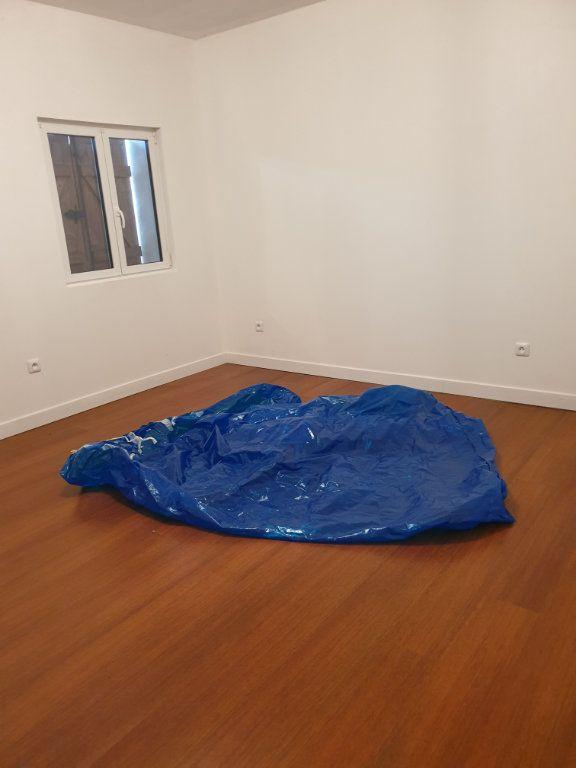 Maison à louer 3 73.2m2 à Dhuisy vignette-6