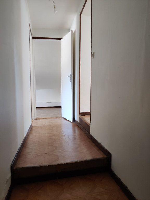 Appartement à louer 3 47.22m2 à Gandelu vignette-1