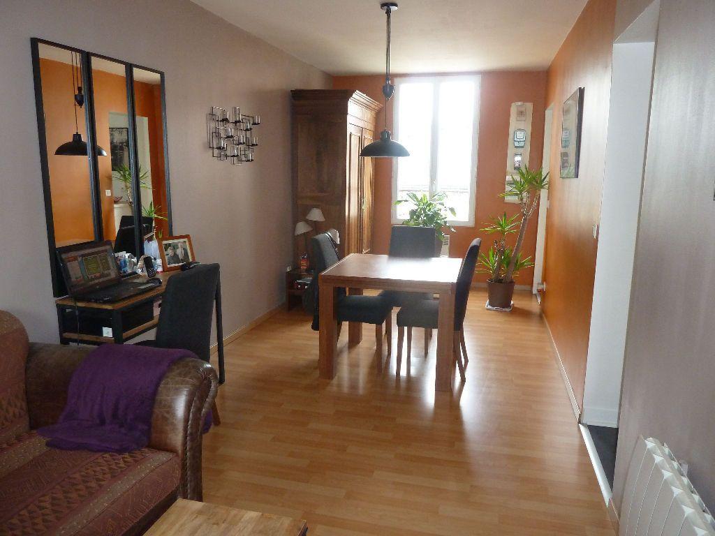 Appartement à louer 2 56m2 à Lizy-sur-Ourcq vignette-1