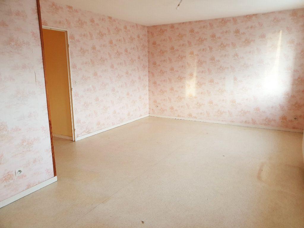 Appartement à louer 2 50.99m2 à Lizy-sur-Ourcq vignette-1