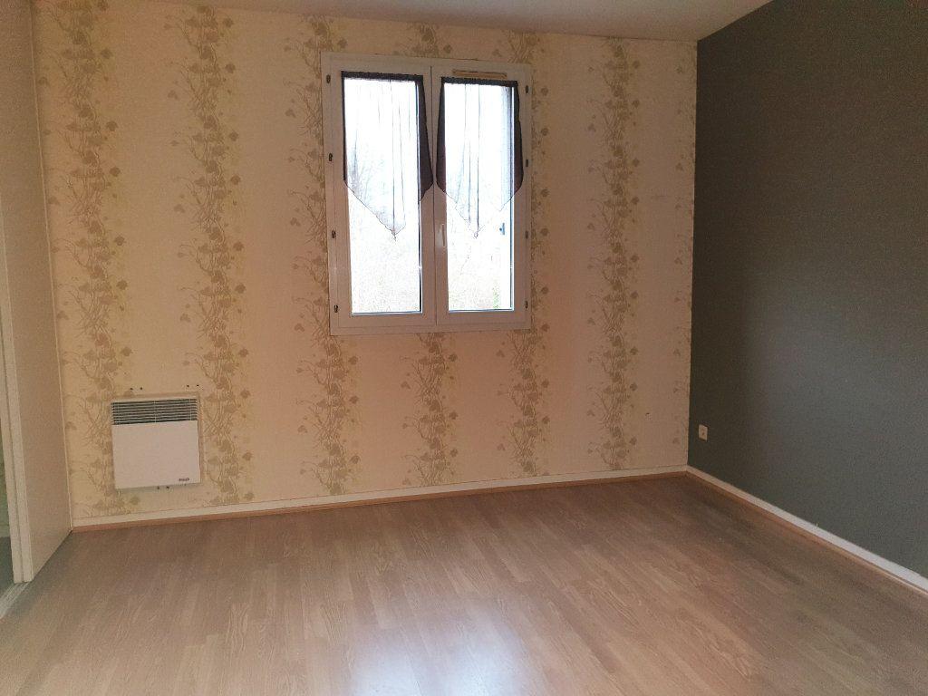 Appartement à louer 2 50.99m2 à Lizy-sur-Ourcq vignette-2