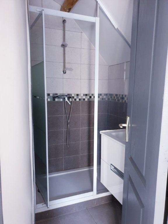 Appartement à louer 2 35m2 à Ussy-sur-Marne vignette-3