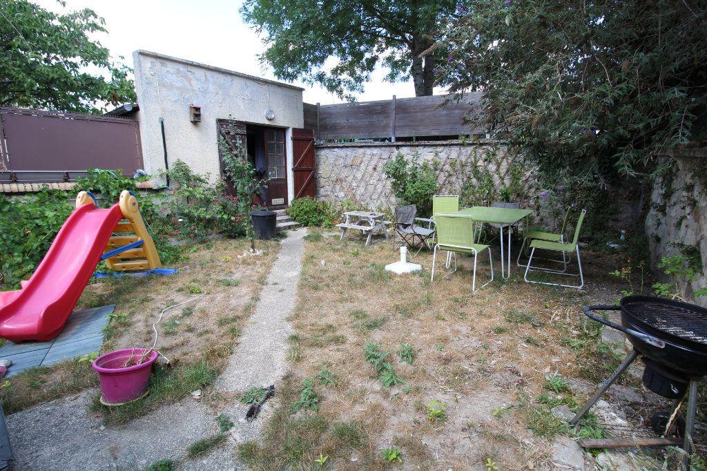 Maison à vendre 5 110m2 à Lizy-sur-Ourcq vignette-1