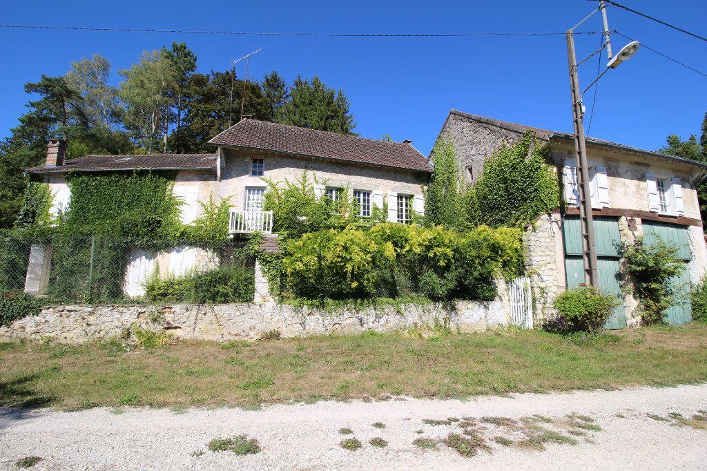 Maison à vendre 7 280m2 à Lizy-sur-Ourcq vignette-1