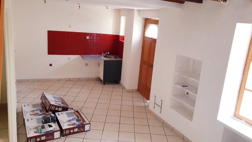Maison à louer 4 65m2 à Crouy-sur-Ourcq vignette-4