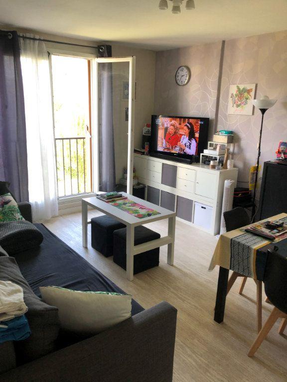 Appartement à louer 3 62m2 à Brou-sur-Chantereine vignette-1
