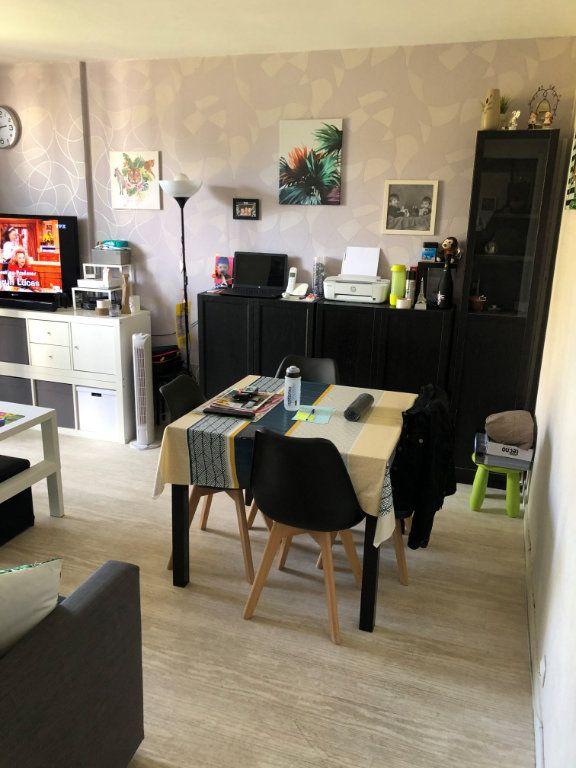 Appartement à louer 3 62m2 à Brou-sur-Chantereine vignette-3