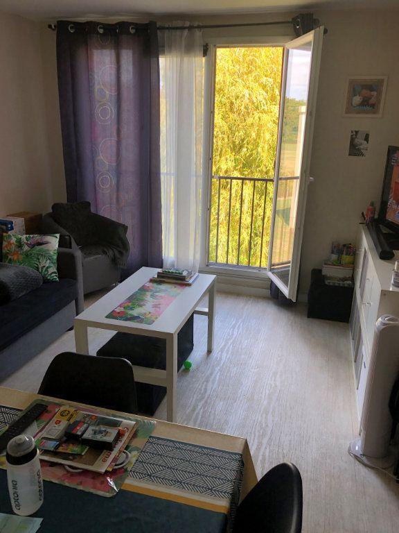Appartement à louer 3 62m2 à Brou-sur-Chantereine vignette-4