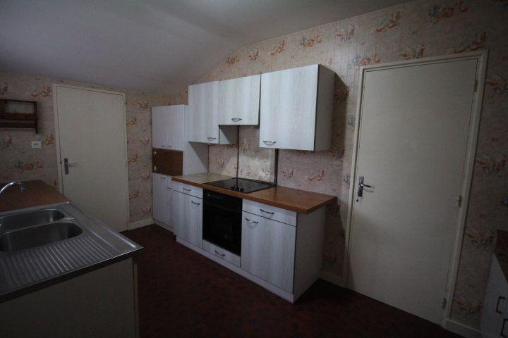 Maison à vendre 5 85m2 à La Ferté-sous-Jouarre vignette-3
