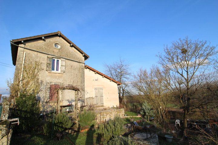 Maison à vendre 4 80m2 à Mareuil-sur-Ourcq vignette-1