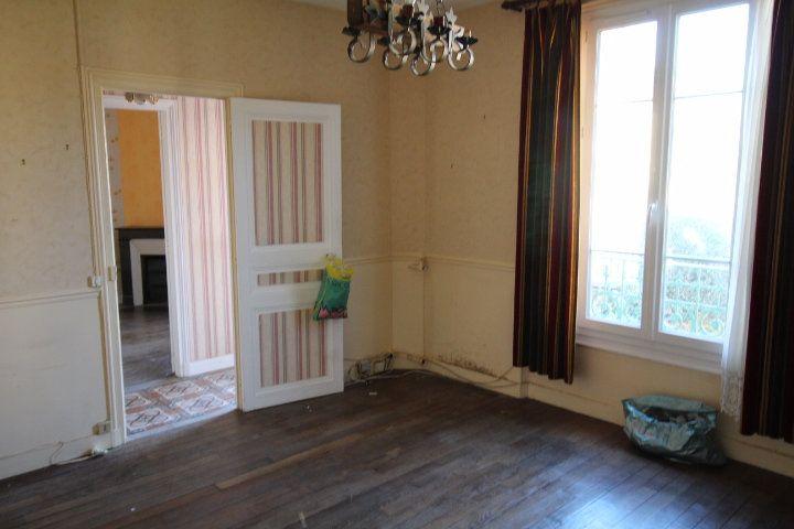 Maison à vendre 6 120m2 à Lizy-sur-Ourcq vignette-2