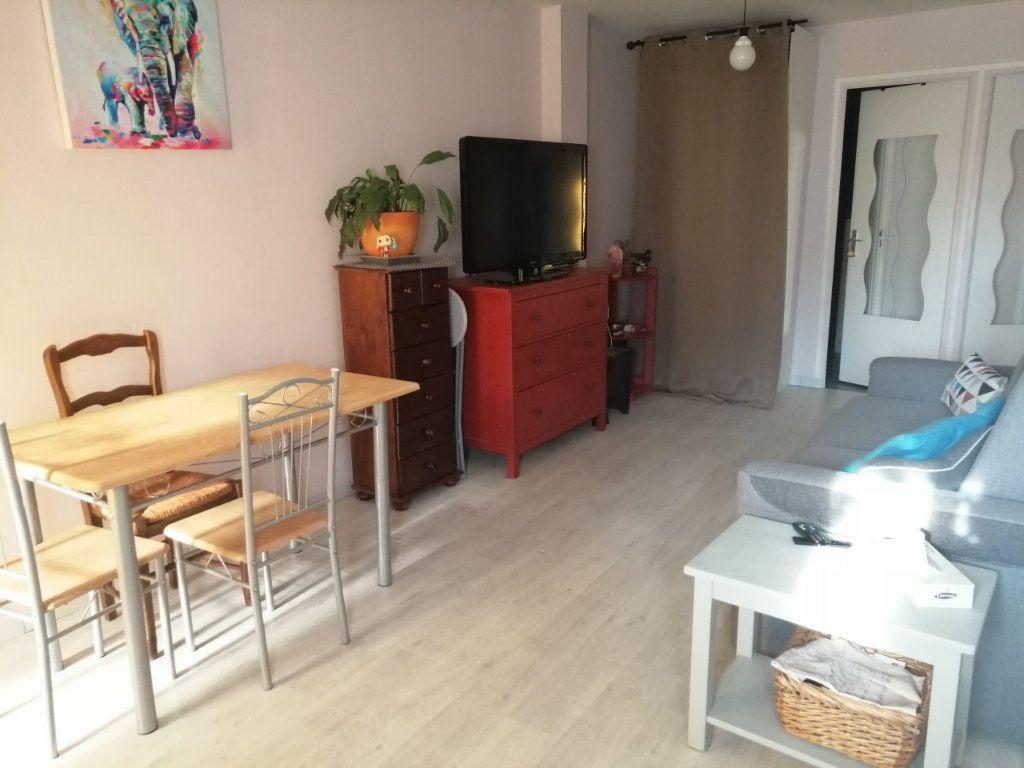 Appartement à louer 3 44.53m2 à Trilport vignette-2