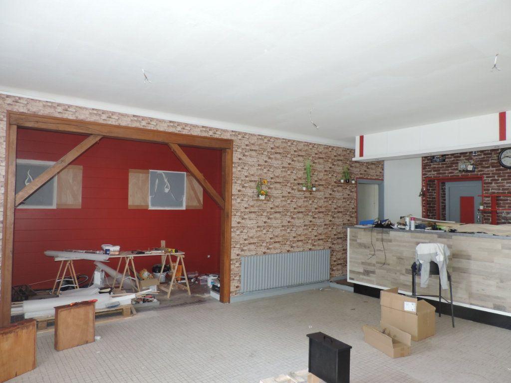 Maison à vendre 3 126m2 à Saint-Joachim vignette-1