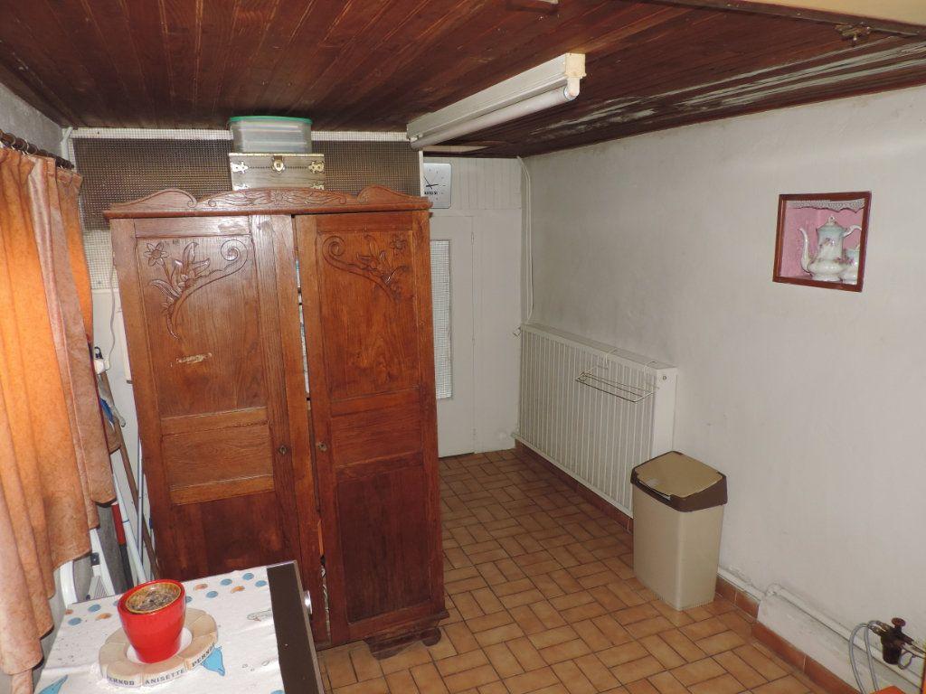 Maison à vendre 3 100m2 à Saint-Malo-de-Guersac vignette-8