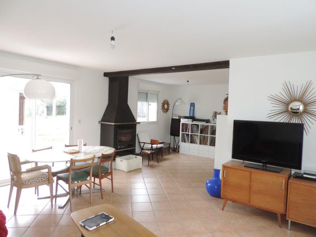 Maison à vendre 5 203m2 à Saint-Malo-de-Guersac vignette-2