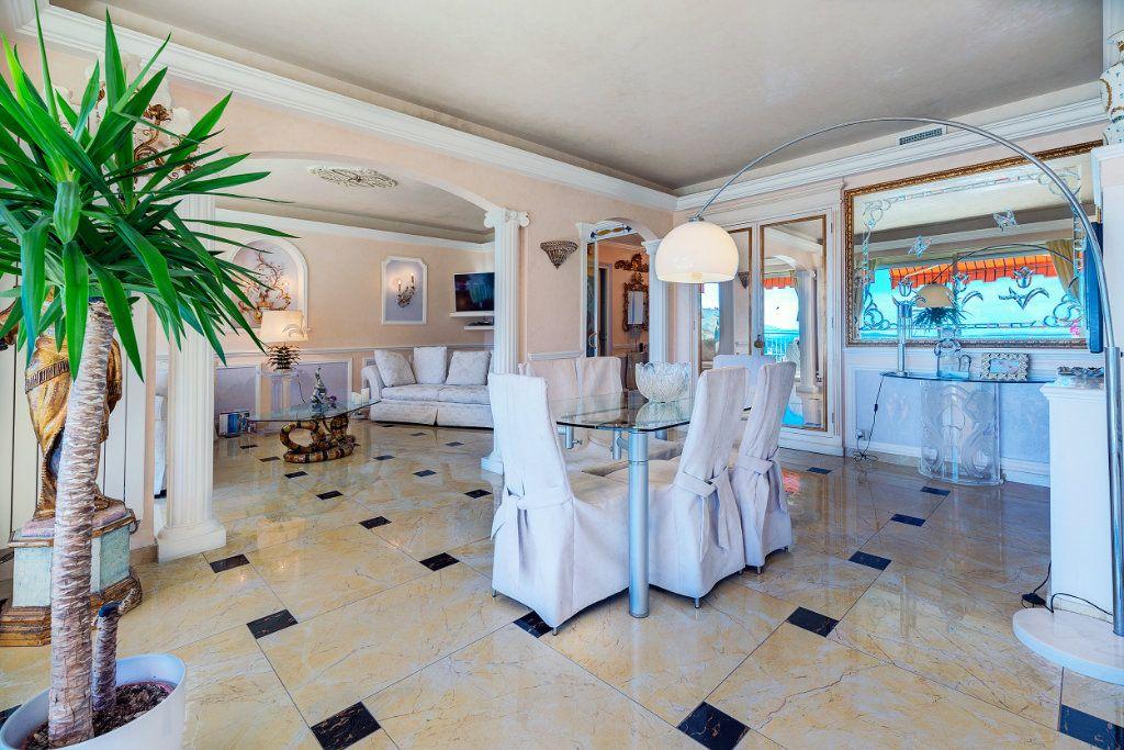 Appartement à vendre 5 125.66m2 à Nice vignette-2