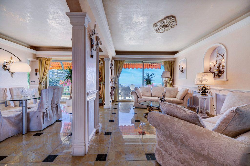 Appartement à vendre 5 125.66m2 à Nice vignette-5