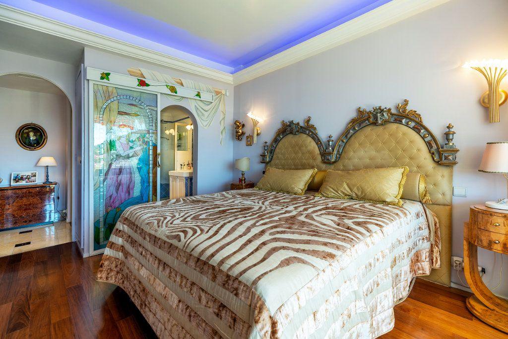 Appartement à vendre 5 125.66m2 à Nice vignette-9