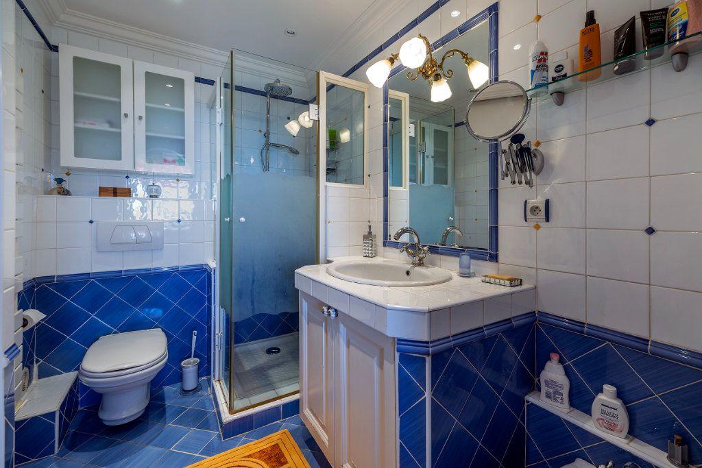 Appartement à vendre 5 125.66m2 à Nice vignette-10