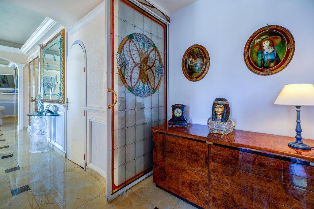 Appartement à vendre 5 125.66m2 à Nice vignette-12
