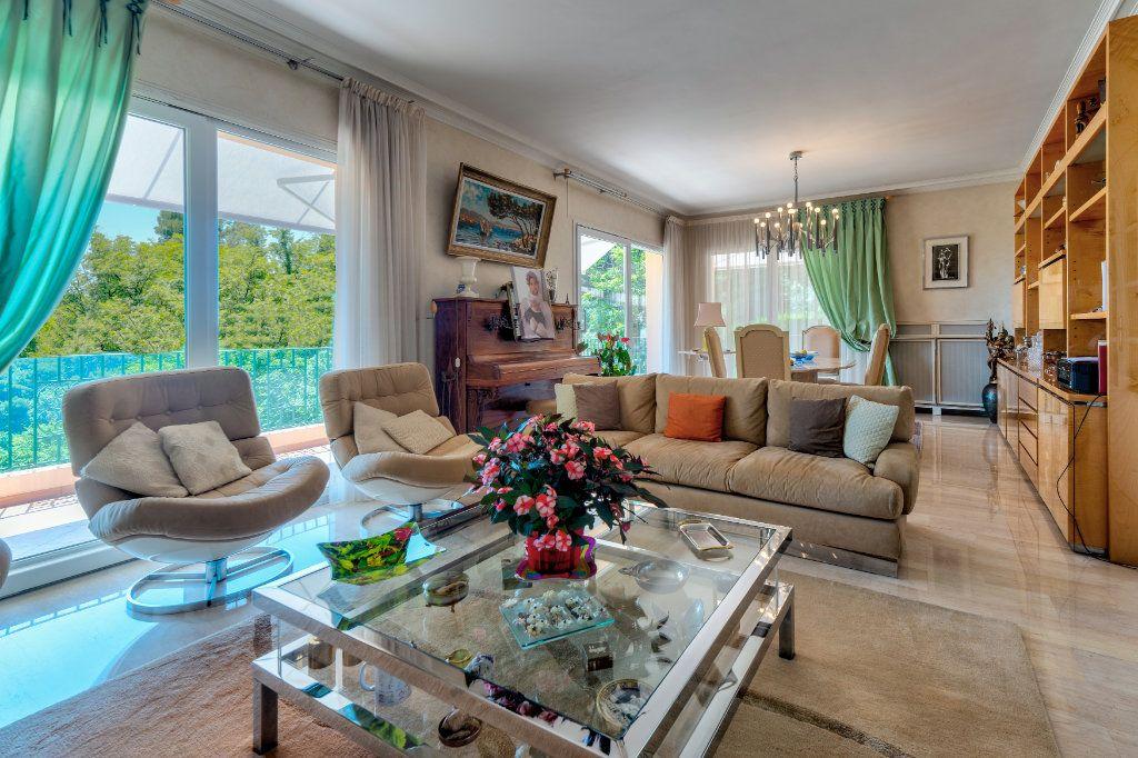 Maison à vendre 6 230m2 à Villefranche-sur-Mer vignette-1