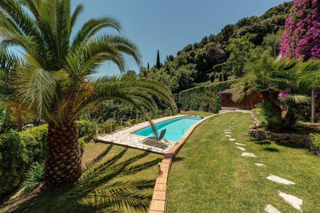 Maison à vendre 6 230m2 à Villefranche-sur-Mer vignette-2