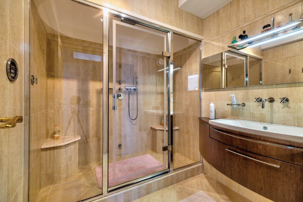 Maison à vendre 6 230m2 à Villefranche-sur-Mer vignette-13