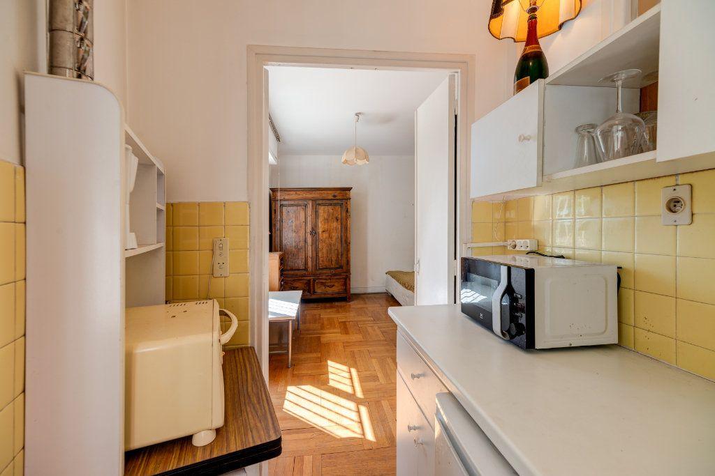 Appartement à vendre 1 23m2 à Nice vignette-5
