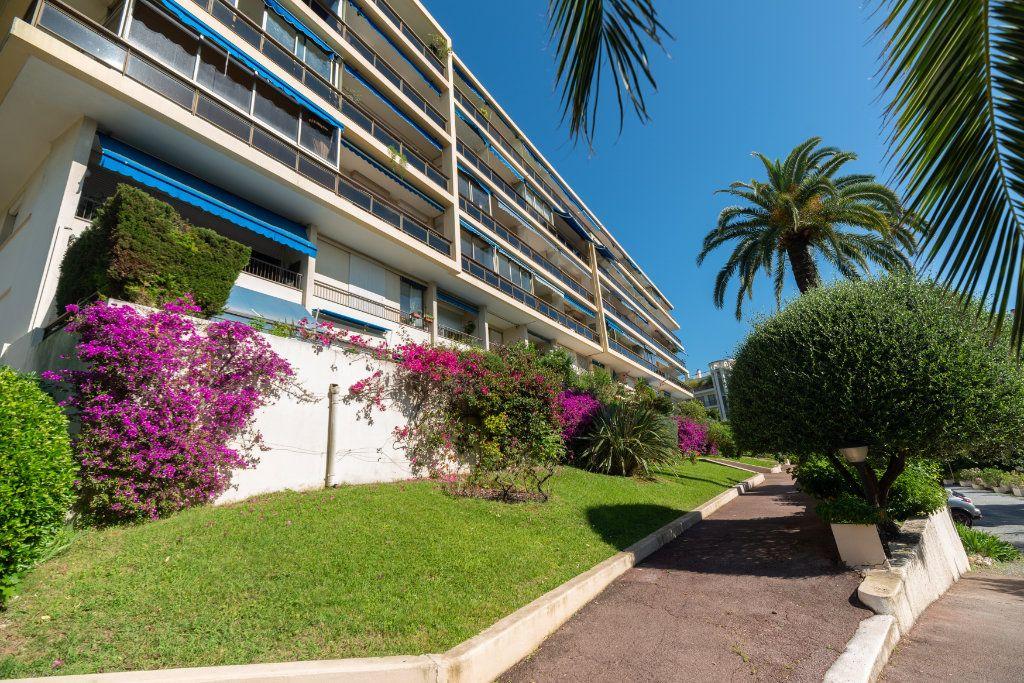 Appartement à vendre 3 82m2 à Nice vignette-1