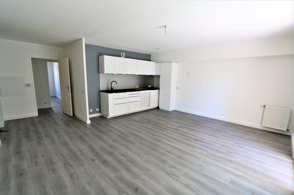 Appartement à vendre 3 63.69m2 à Nice vignette-2