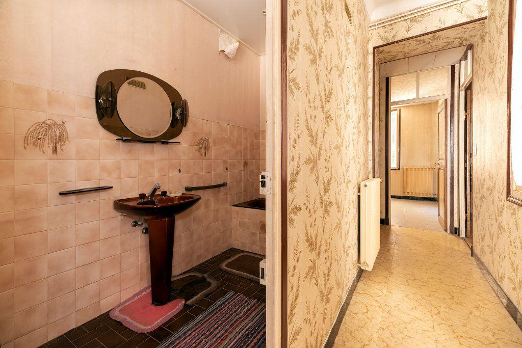 Appartement à vendre 3 68m2 à Nice vignette-9