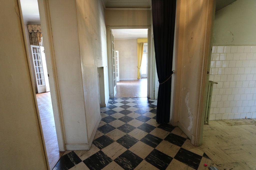 Appartement à vendre 2 82m2 à Menton vignette-2