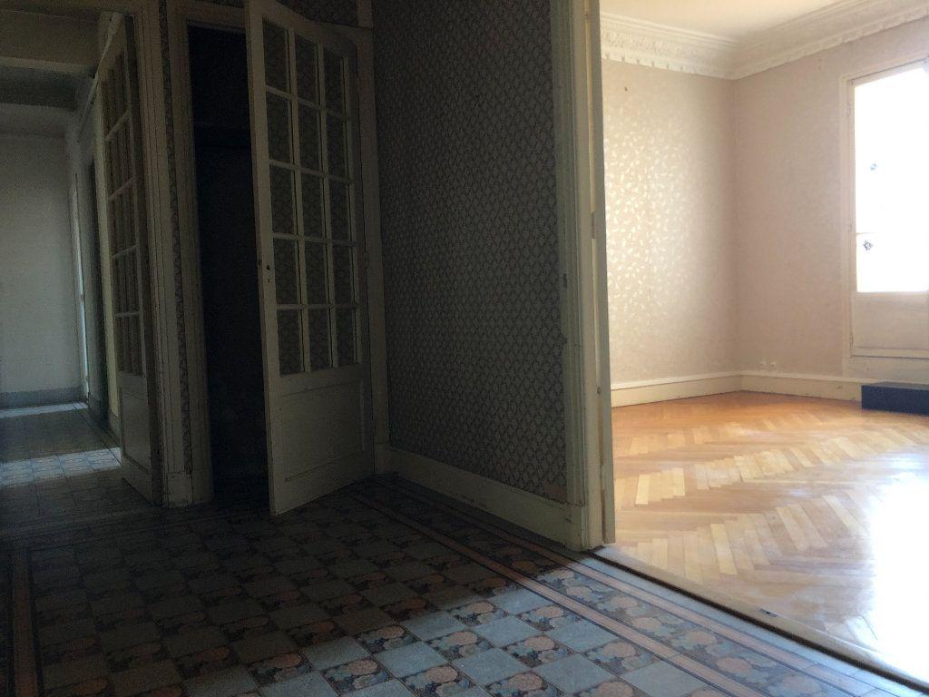 Appartement à vendre 5 123m2 à Beaulieu-sur-Mer vignette-5