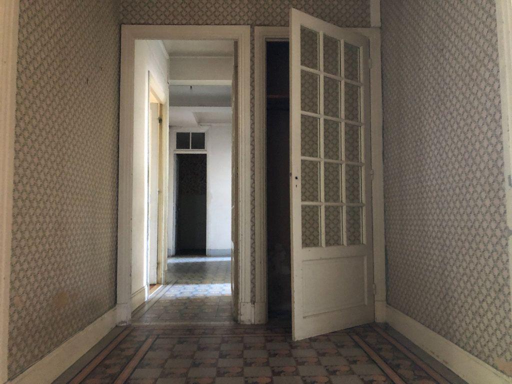 Appartement à vendre 5 123m2 à Beaulieu-sur-Mer vignette-6