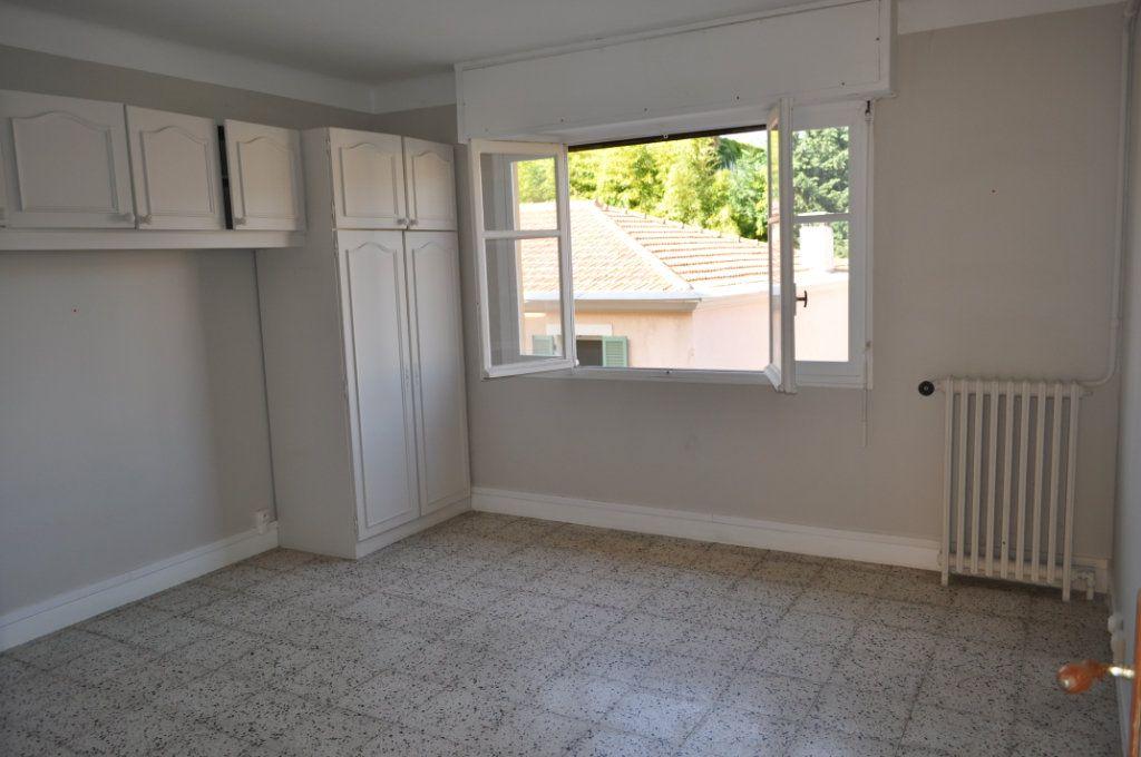 Appartement à vendre 2 50m2 à Saint-Jean-Cap-Ferrat vignette-1