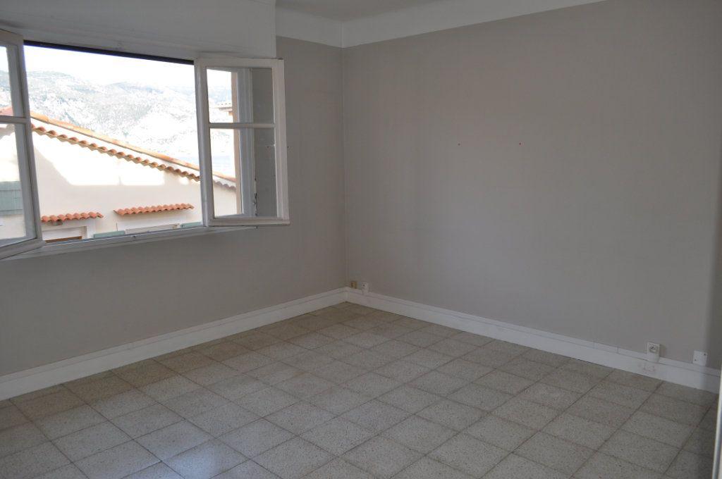 Appartement à vendre 2 50m2 à Saint-Jean-Cap-Ferrat vignette-2