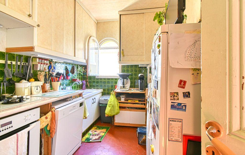 Appartement à vendre 3 67m2 à Saint-Jean-Cap-Ferrat vignette-4