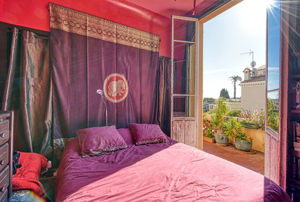 Appartement à vendre 3 67m2 à Saint-Jean-Cap-Ferrat vignette-5