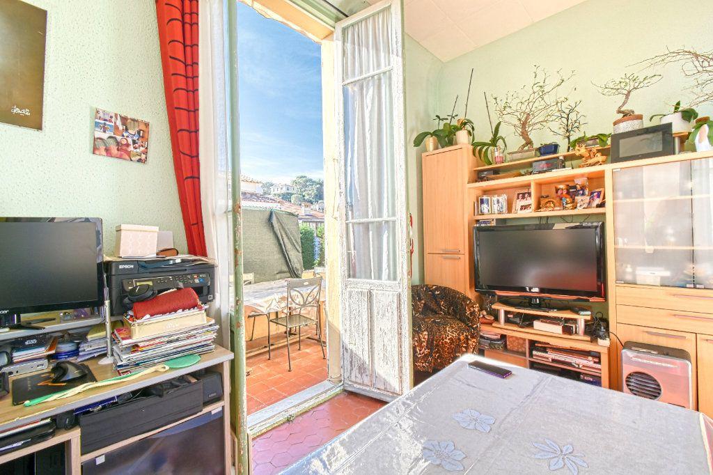 Appartement à vendre 3 67m2 à Saint-Jean-Cap-Ferrat vignette-7