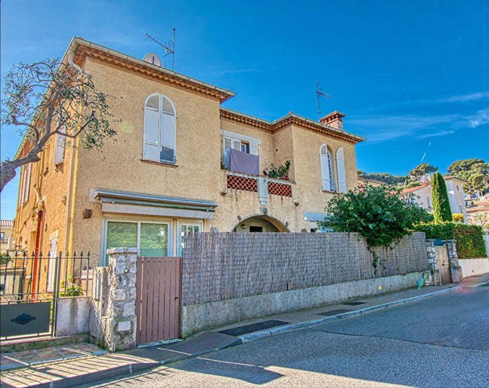 Appartement à vendre 3 67m2 à Saint-Jean-Cap-Ferrat vignette-8