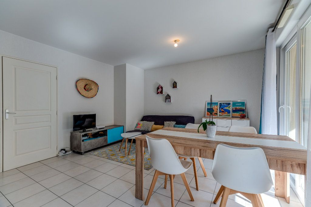 Appartement à vendre 2 43.2m2 à Nice vignette-1