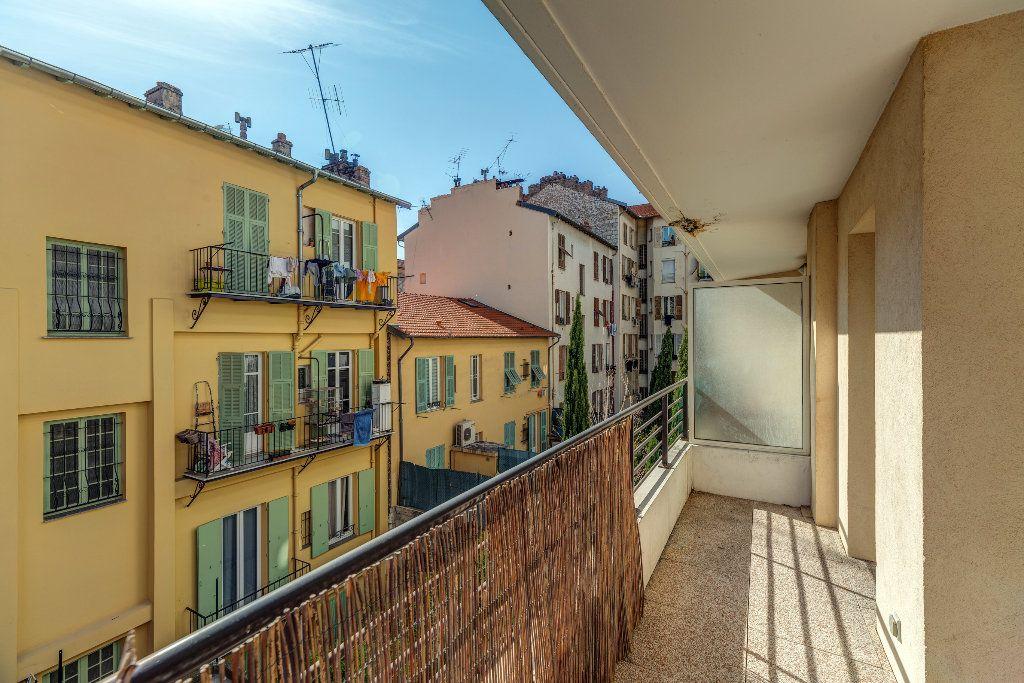 Appartement à vendre 2 43.2m2 à Nice vignette-2