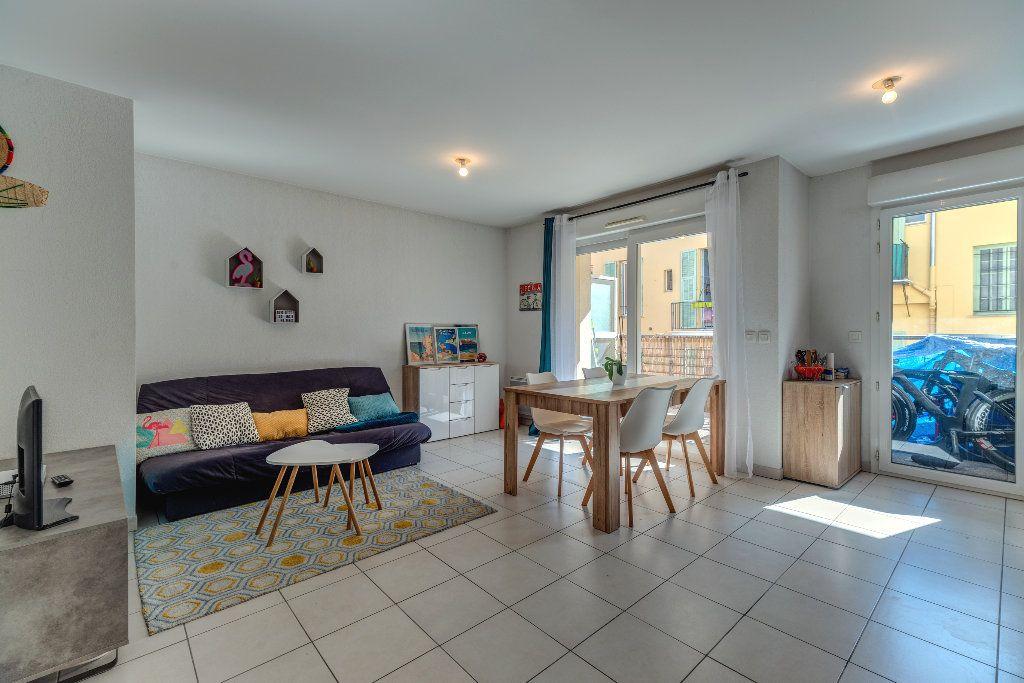 Appartement à vendre 2 43.2m2 à Nice vignette-3