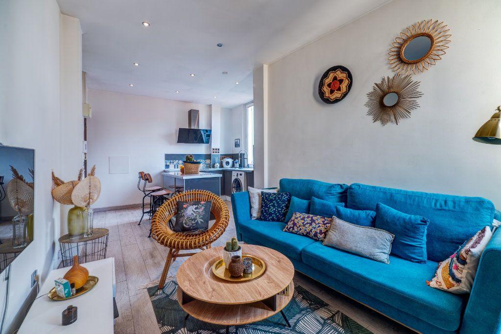 Appartement à vendre 2 34m2 à Nice vignette-4