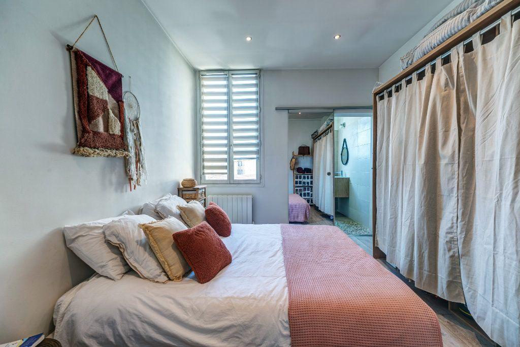 Appartement à vendre 2 34m2 à Nice vignette-5