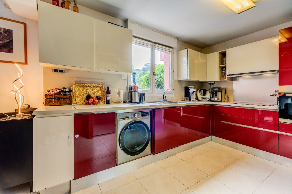 Appartement à vendre 4 117m2 à Nice vignette-4