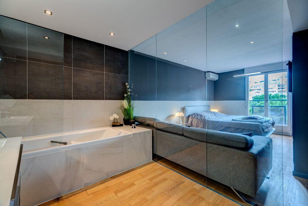 Appartement à vendre 4 117m2 à Nice vignette-10