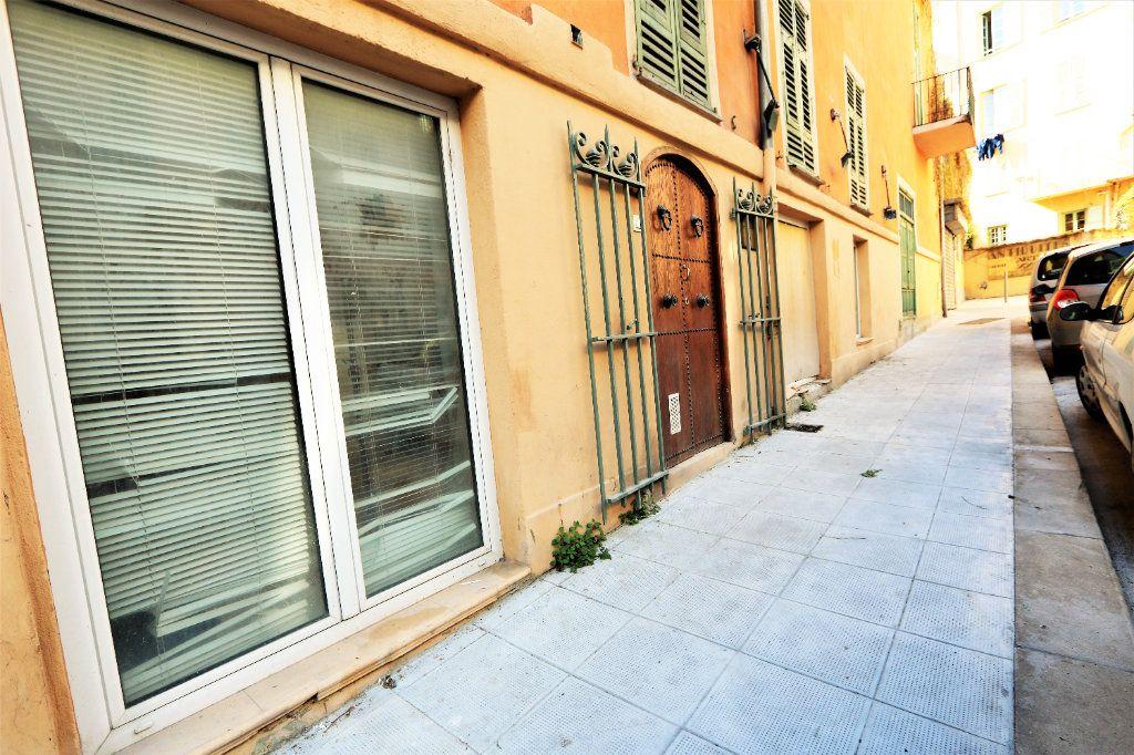 Appartement à vendre 3 90m2 à Nice vignette-1